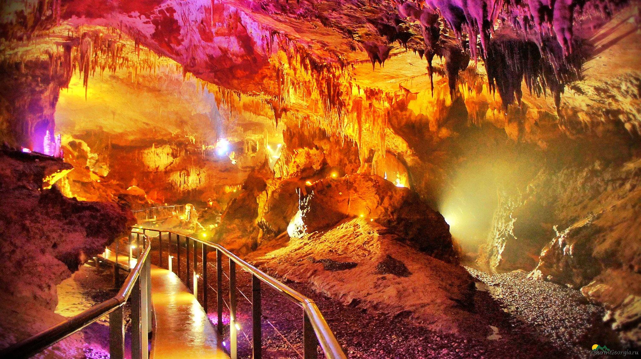 Для посетителей открылась пещера Навенахеви