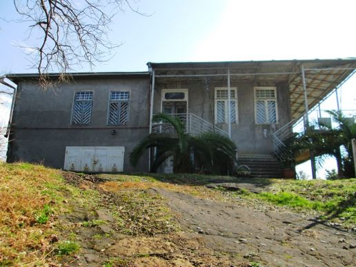 Kobuleti, Tsikhisdziri, 2 storey house with a plot  for sale